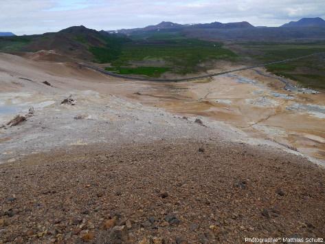 Vue en direction du Nord depuis la crête Námafjall (Islande)
