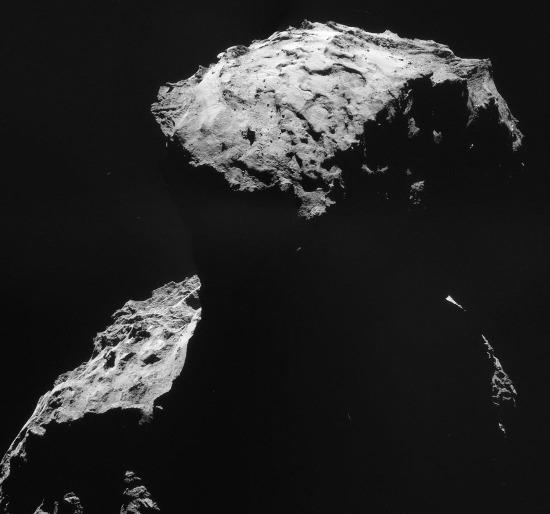 Images prises le 30 octobre 2014 d'une distance de 26,8km du centre de la comète Chury