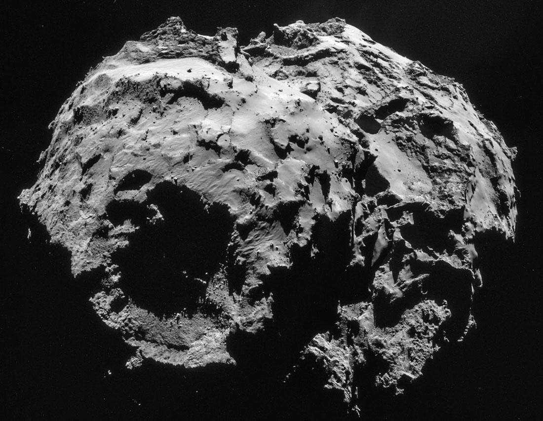 Images prises le 2 décembre 2014 d'une distance de 30,1km du centre de la comète Chury
