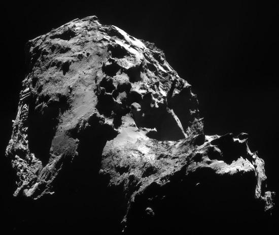 Images prises le 1er janvier 2015 d'une distance de 28,4km du centre de la comète Chury