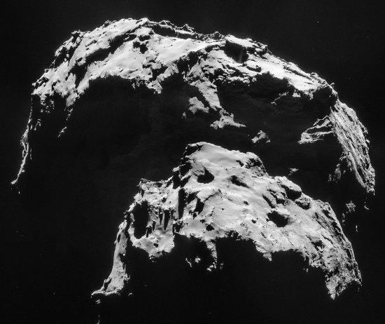 Images prises le 21 janvier 2015 d'une distance de 27,9km du centre de la comète Chury