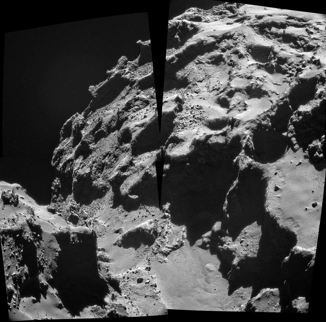 Mosaïque (imparfaite) montrant ces mêmes entonnoirs d'effondrement et les monticules de déblais correspondants (en bas à droite) sous un troisième angle de vue