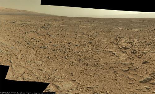 Un exemple typique des paysages parcourus en ce début d'automne 2013 par Curiosity (sol 437, 29 octobre 2013)