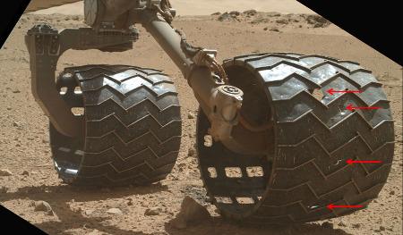 État d'une autre roue du Curiosity (sol 568, 12 mars 2014)