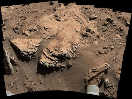 Gros plan sur la roche nommée Windjana avant le forage (sol 609, 23 avril 2014)