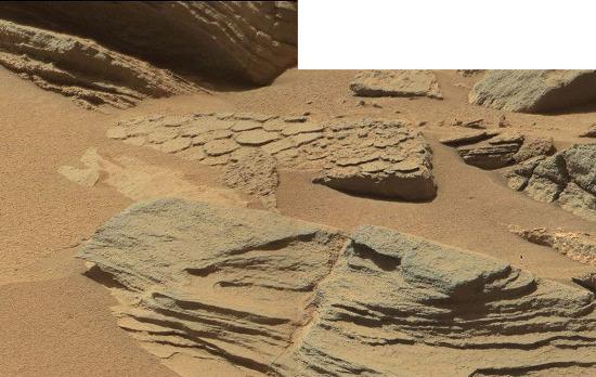 Pour finir cet examen du secteur de Kimberley, on peut zoomer sur le centre de l'image 58 (sol 631, 16 mai 2014)