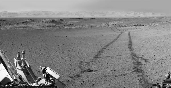 Curiosity quitte Kimberley, en route vers la base du Mont Sharp, (sol 634, 19 mai 2014)