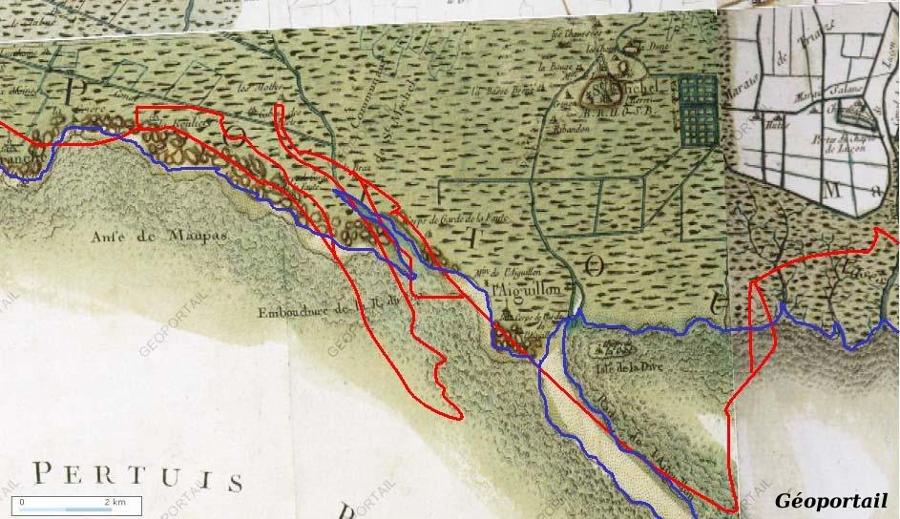 Report sur la carte de Cassini du tracé de côte actuel (rouge) par rapport à la côte du XVIIIème siècle (renforcée en bleu)
