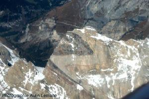 Plis anisopaques dans des calcaires du massif de la Dent de Morcles (Valais suisse)