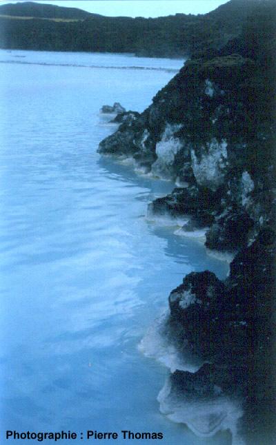 Vue rapprochée du bord du plan d'eau, Islande