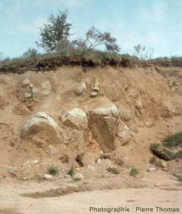 Altération en boule de la diorite quartzique d'Aydat (Puy de Dôme)