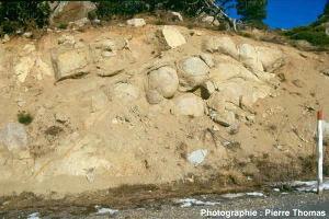Altération en boules du granite de Quérigut (Pyrénées orientales)