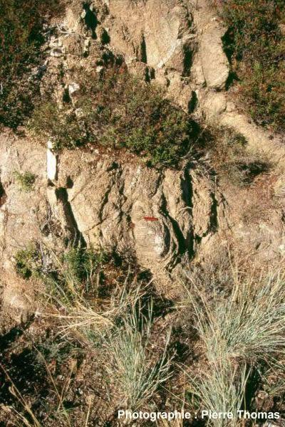 Structure en pelure d'oignon dans le granite du Quérigut (Pyrénées orientales)