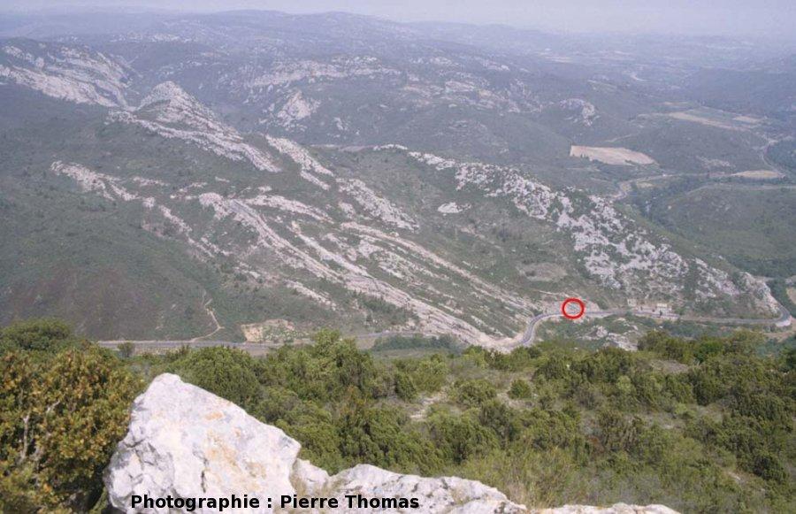 Vue générale du pli de Ripaud, nappe des Corbières (11)