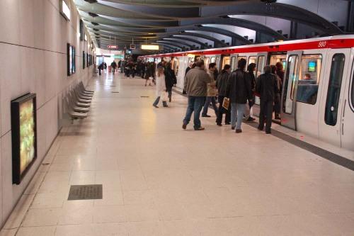 Vue de la station Debourg du métro lyonnais