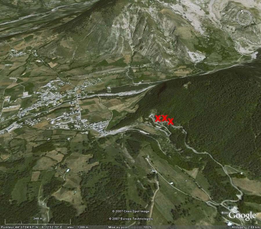 Localisation Google Earth des affleurements de la nappe des flyschs à helminthoïdes près du village d'Ancelle