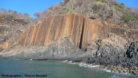 Les orgues basaltiques de l'île Mitsio (Madagascar): vue générale