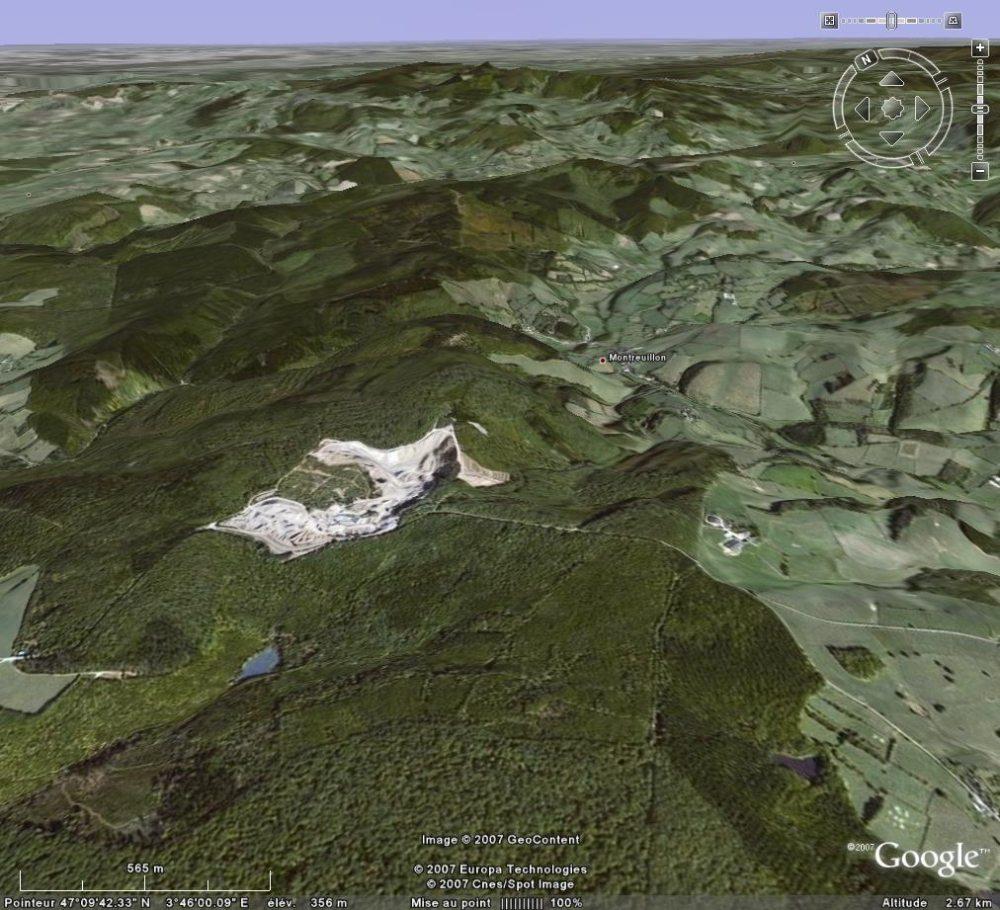 Image Google Earth montrant l'importance de la carrière de Montauté, Montreuillon (Nièvre)