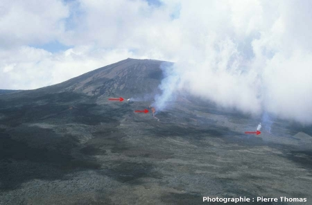 Petite éruption (décembre 1983) sur le flanc Sud du Piton de la Fournaise, La Réunion