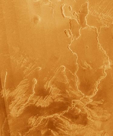 Exemple de sillon sinueux sur Vénus