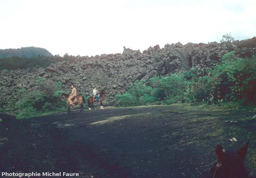 Le front de la coulée (de type aa) du Paricutin, Mexique (état en 1977)