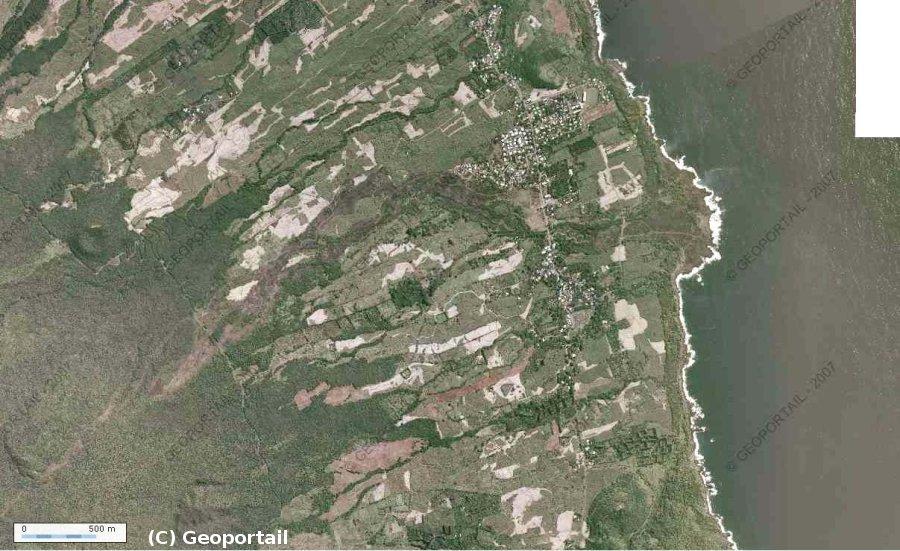 Vue aérienne de la coulée de Piton Sainte Rose