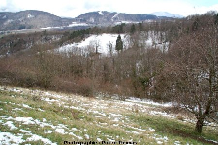 Le vallon et la forêt où se situe la Fontaine Ardente, Hameau de La Pierre, le Gua, Isère