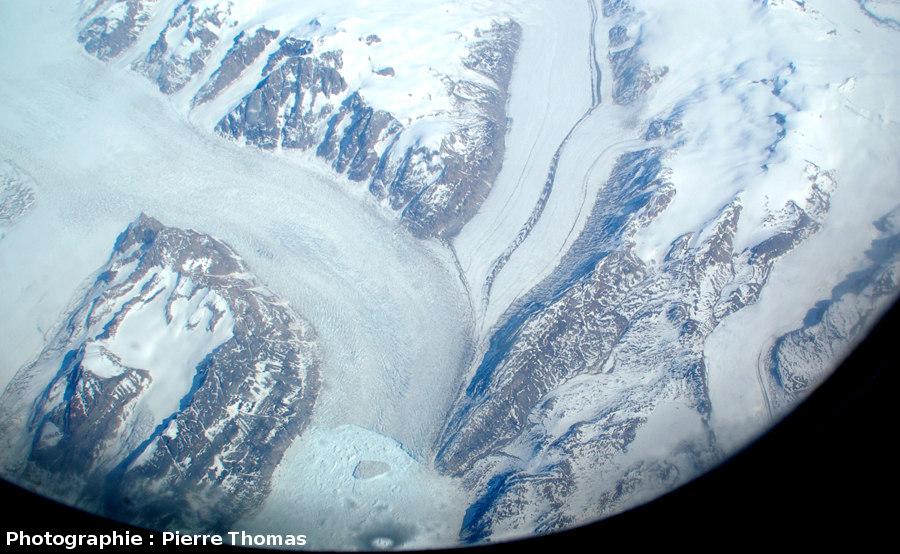 Confluence de glaciers, côte orientale du Groenland
