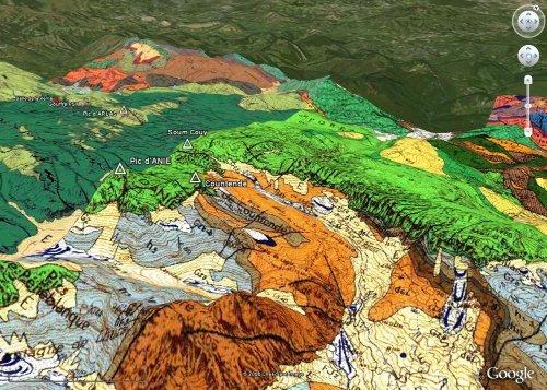 Vue d'ensemble du massif de la Pierre St Martin depuis le Sud, avec le fond géologique