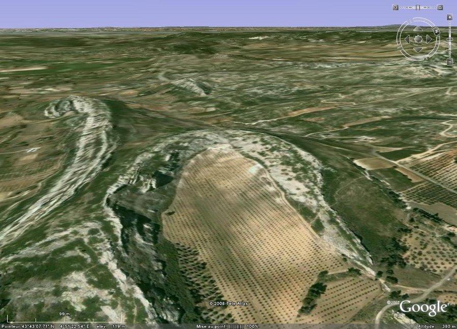 Terminaison péri-synclinale dans les Alpilles (13) entre Aureille et Maussane-les-Alpilles