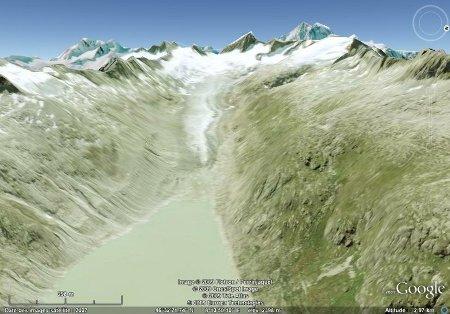 Image Google Earth du glacier supérieur de l'Aar,ne se jetant plus directement dans un lac de retenue hydroélectrique (Suisse)