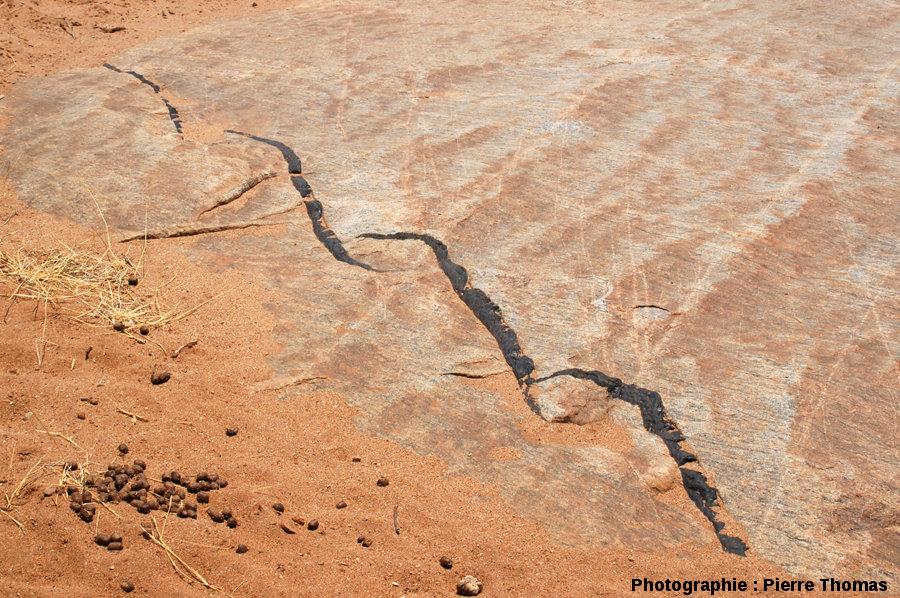 Relais de dykes mimant des OSC (Overlapping Spreading Centers), lit de la Sand River, Afrique du Sud