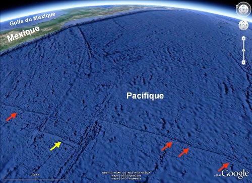 Vue Google Earth de la dorsale Est-pacifique montrant 5 OSC (flèches)
