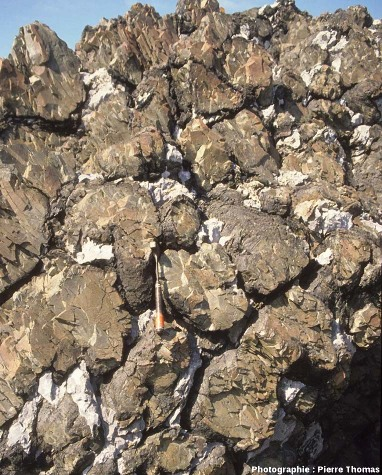 Pillows lava basaltiques de la ponte de Lostmarc'h, Presqu'île de Crozon (Finistère)