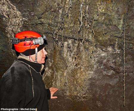 Tunnel de lave de Gullborgarhellir (Islande)