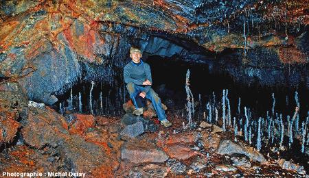 Tunnel de lave de Jörundur (Islande)