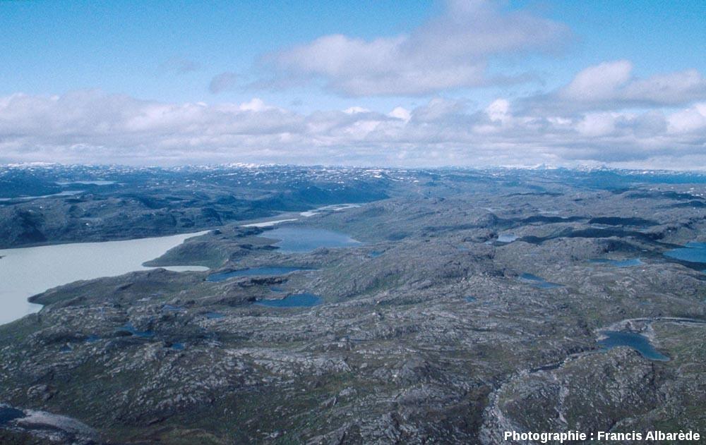 Lacs, quelque part à l'Ouest du Groenland