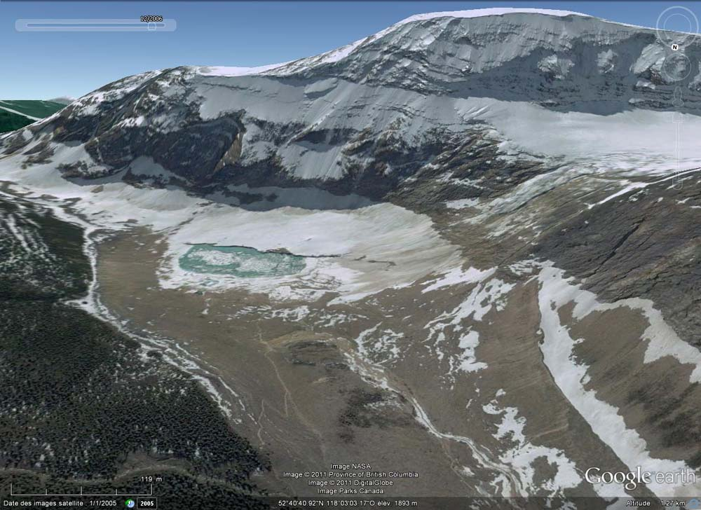 Vue générale Google Earth de la face Nord du Mont Edith Cavell, Parc National de Jasper, Canada