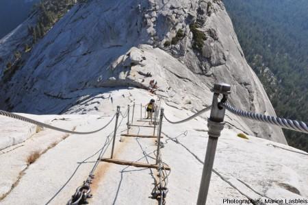 Détail du versant Nord-Est du Half Dome, Yosemite National Park, Californie,celui par lequel grimpent les visiteurs