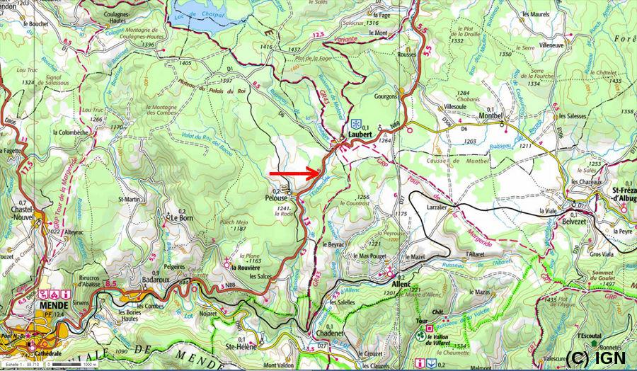 Localisation sur carte IGN de l'affleurement montrant la discordance hercynienne faillée (flèche rouge), à une douzaine de km au NE de Mende (Lozère)