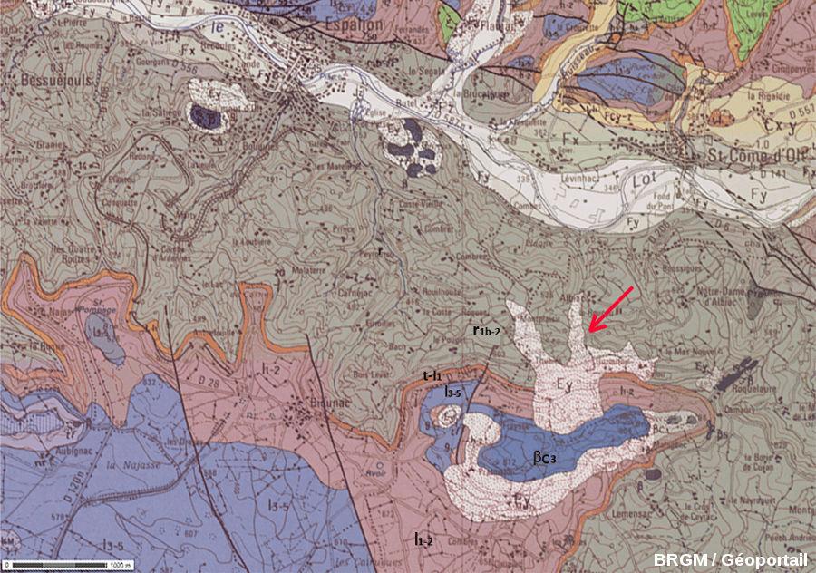 Extrait de la carte géologique d'Espalion au 1/50 000, montrant la situation du clapas de Thubiès (flèche rouge)