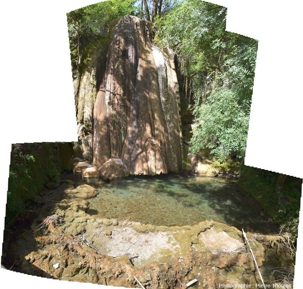 Cascade pétrifiante et mini-lac, Saint Pierre -Livron (Tarn et garonne)
