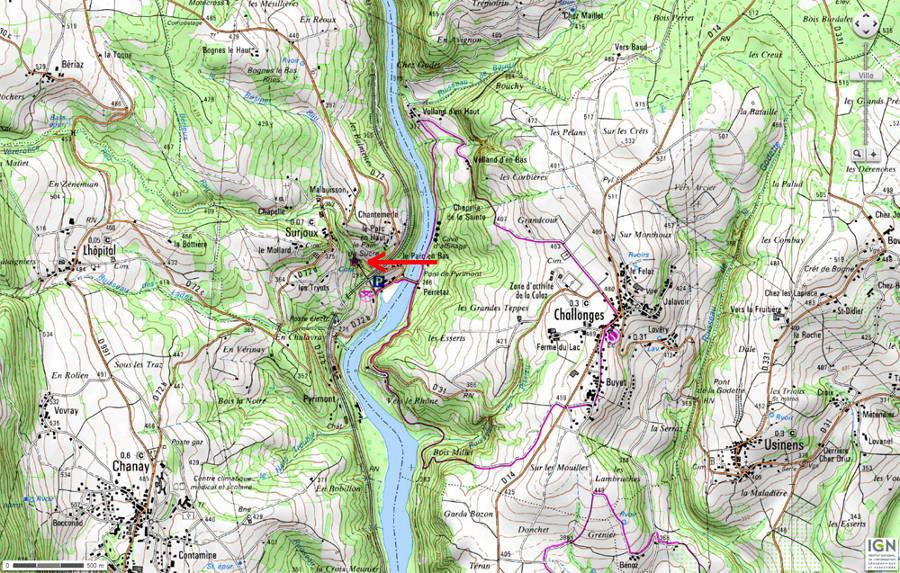 Carte topographique montrant le contexte morphologico-géologique du Pain de Sucre (flèche rouge) de Pyrimont (Ain)