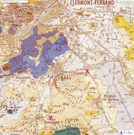 Localisation, sur fond géologique, des fours à chaux (croix violette) d'Aubière (détruits) et de Romagnat (les plus jeunes existent encore), deux communes de la banlieue Sud de Clermont-Ferrand