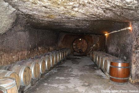 Une cave du vignoble de Chinon creusée dans le tuffeau, Cravant-les-Coteaux, Indre et Loire