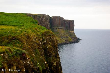 Le Kilt Rock, vu depuis Elishader, île de Skye, Écosse
