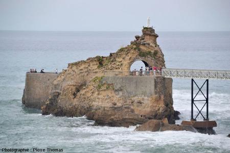 Vue d'ensemble du Rocher de la Vierge de Biarritz