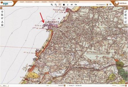 Localisation du Rocher de la Vierge (flèche rouge) à Biarritz