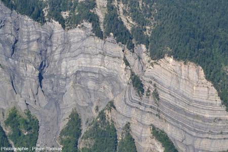 Le pli-faille des falaises de la Roche du Pontet, Bourg d'Oisans