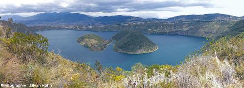 La caldeira de Cuicocha (Équateur), 3,7 x 2,8km de dimension, vue du Nord